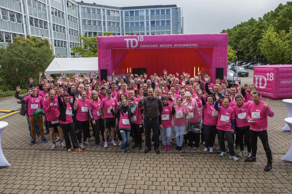 100 Mitarbeiter der Telekom mit dem 3 Mio IP Kunden