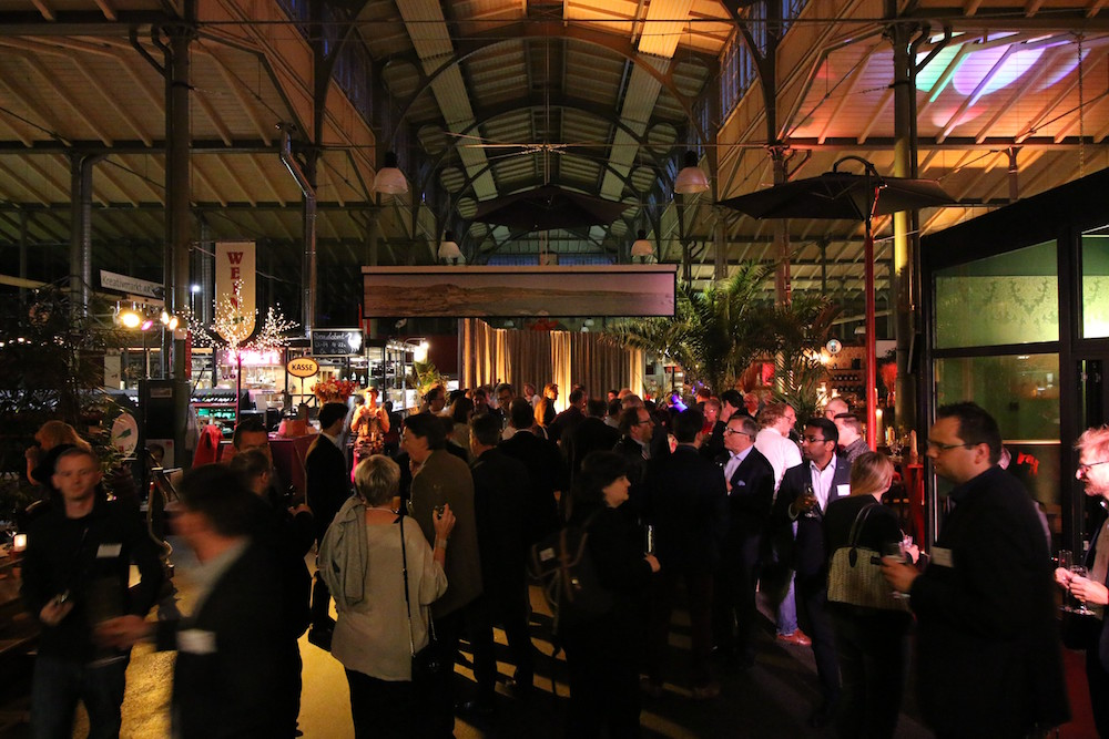 Get together in der Markthalle